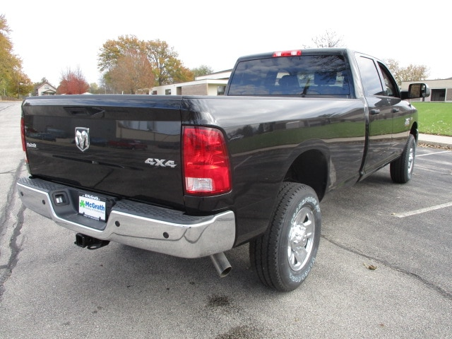 2018 Ram 2500 Crew Cab 4x4 Pickup #D180063 - photo 2