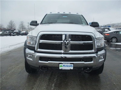 2018 Ram 4500 Crew Cab DRW 4x4, Platform Body #D180109 - photo 3