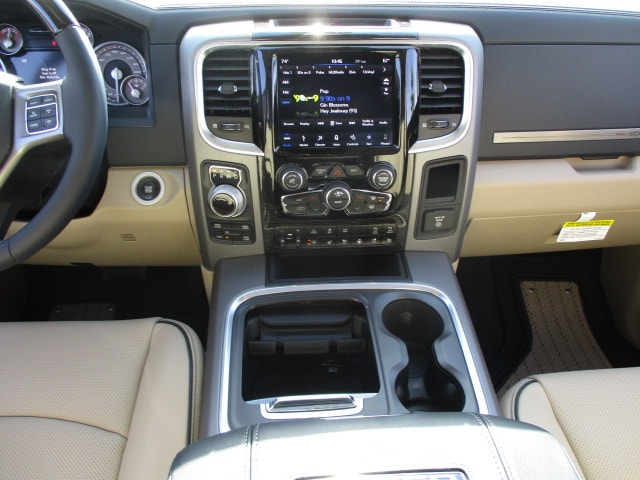 2018 Ram 1500 Crew Cab 4x4, Pickup #D180117 - photo 17