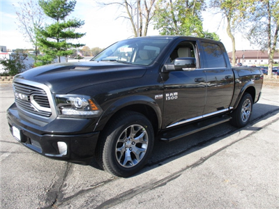 2018 Ram 1500 Crew Cab 4x4, Pickup #D180117 - photo 3