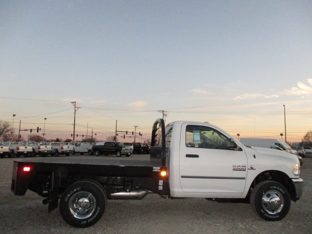 2018 Ram 3500 Regular Cab DRW 4x4, Auto Truck Group Platform Body #D180152 - photo 10