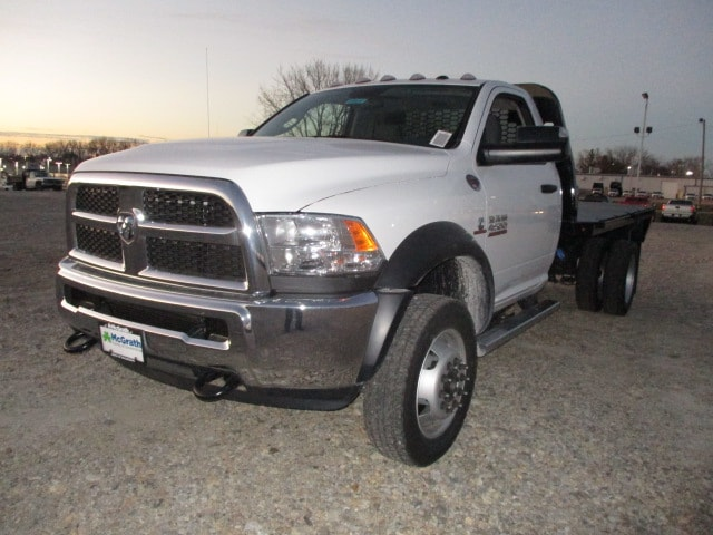 2018 Ram 4500 Regular Cab DRW 4x4,  Knapheide PGNB Gooseneck Platform Body #D180153 - photo 4
