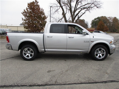 2018 Ram 1500 Crew Cab 4x4, Pickup #D180188 - photo 10