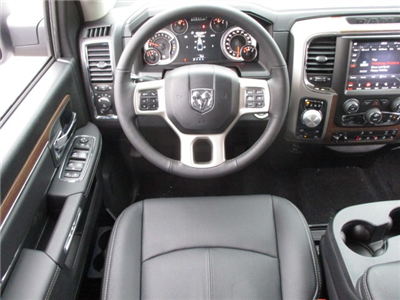 2018 Ram 1500 Crew Cab 4x4, Pickup #D180188 - photo 5