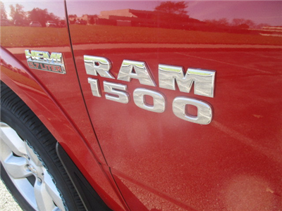 2018 Ram 1500 Crew Cab 4x4, Pickup #D180194 - photo 18