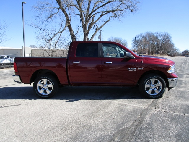 2018 Ram 1500 Crew Cab 4x4,  Pickup #D180348 - photo 10