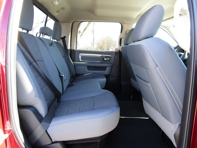 2018 Ram 1500 Crew Cab 4x4,  Pickup #D180348 - photo 12