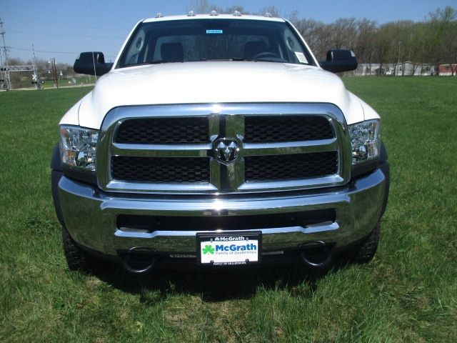2018 Ram 4500 Regular Cab DRW 4x4,  Cab Chassis #D180395 - photo 3