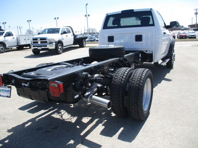 2018 Ram 4500 Regular Cab DRW 4x4,  Cab Chassis #D180396 - photo 2