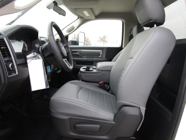 2018 Ram 4500 Regular Cab DRW 4x4,  Knapheide Standard Service Body #D180396 - photo 6