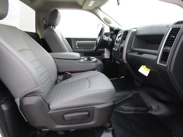 2018 Ram 4500 Regular Cab DRW 4x4,  Knapheide Standard Service Body #D180396 - photo 11