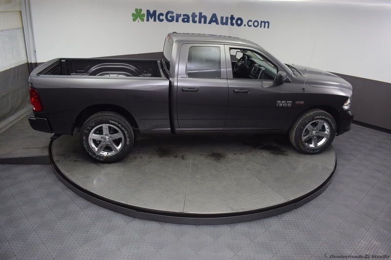 2018 Ram 1500 Quad Cab 4x4,  Pickup #D180717 - photo 26