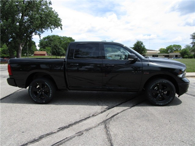 2018 Ram 1500 Crew Cab 4x4,  Pickup #D181006 - photo 10