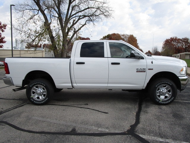 2018 Ram 3500 Crew Cab 4x4,  Pickup #D181358 - photo 10