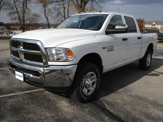 2018 Ram 3500 Crew Cab 4x4,  Pickup #D181358 - photo 4