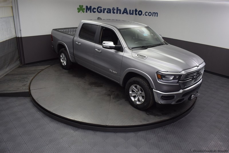 2019 Ram 1500 Crew Cab 4x4,  Pickup #D190018 - photo 4