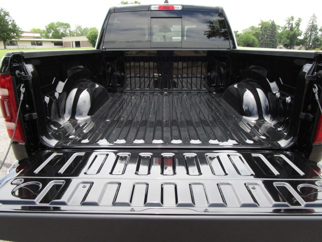 2019 Ram 1500 Crew Cab 4x4,  Pickup #D190061 - photo 13