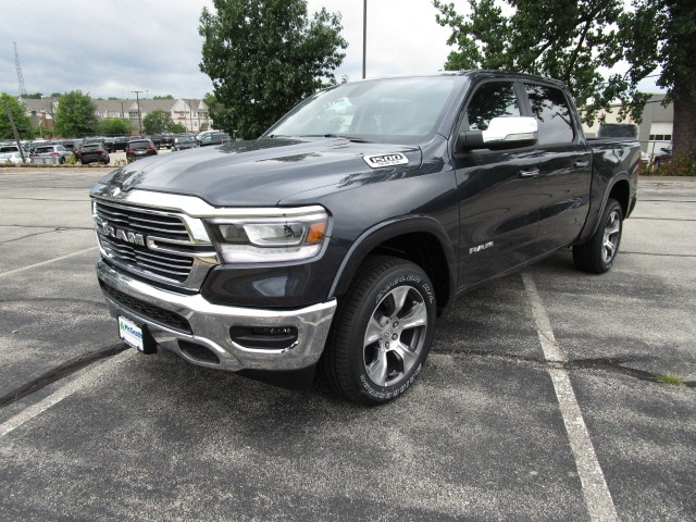 2019 Ram 1500 Crew Cab 4x4,  Pickup #D190080 - photo 4