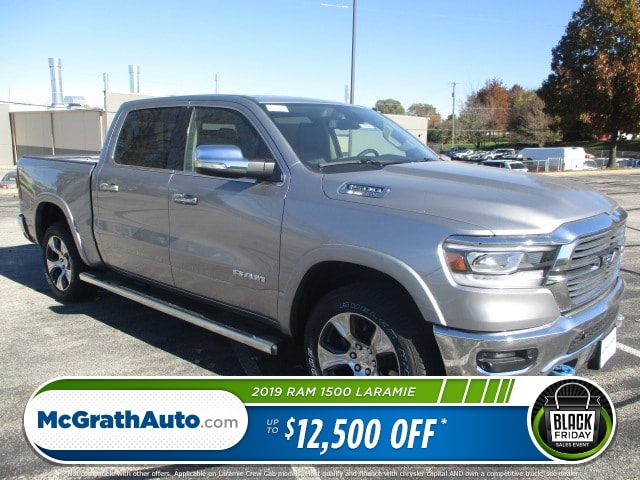 2019 Ram 1500 Crew Cab 4x4,  Pickup #D190247 - photo 1