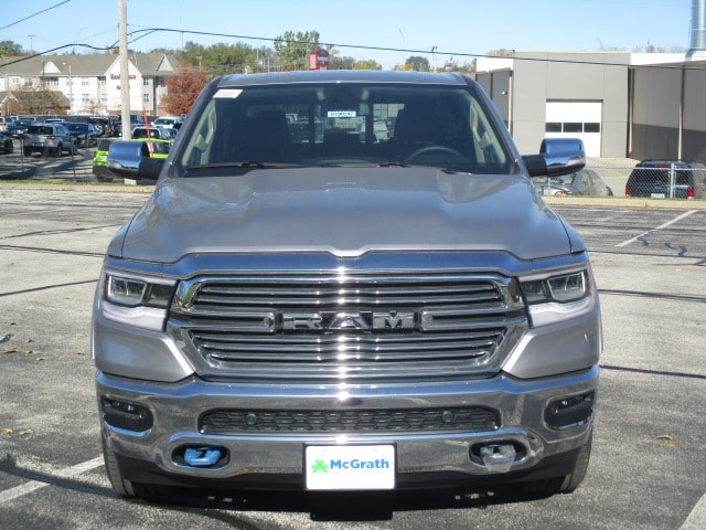 2019 Ram 1500 Crew Cab 4x4,  Pickup #D190247 - photo 3