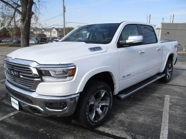 2019 Ram 1500 Crew Cab 4x4,  Pickup #D190348 - photo 4