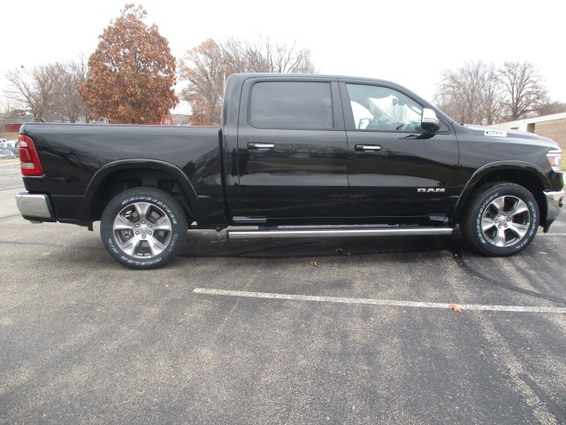 2019 Ram 1500 Crew Cab 4x4,  Pickup #D190470 - photo 10