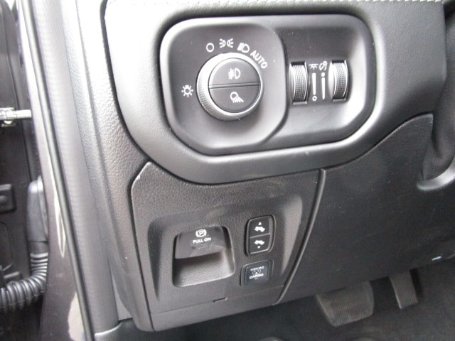 2019 Ram 1500 Crew Cab 4x4,  Pickup #D190503 - photo 20
