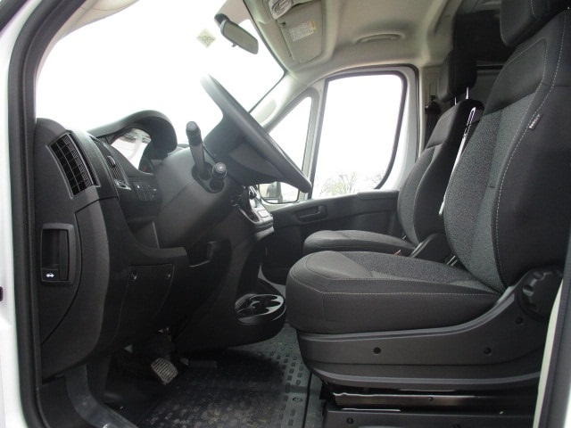 2019 ProMaster 1500 Standard Roof FWD,  Empty Cargo Van #D190572 - photo 5