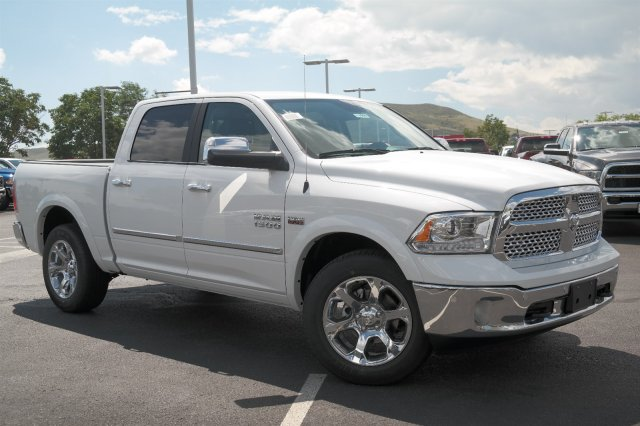 2017 Ram 1500 Crew Cab 4x4 Pickup #171006 - photo 3