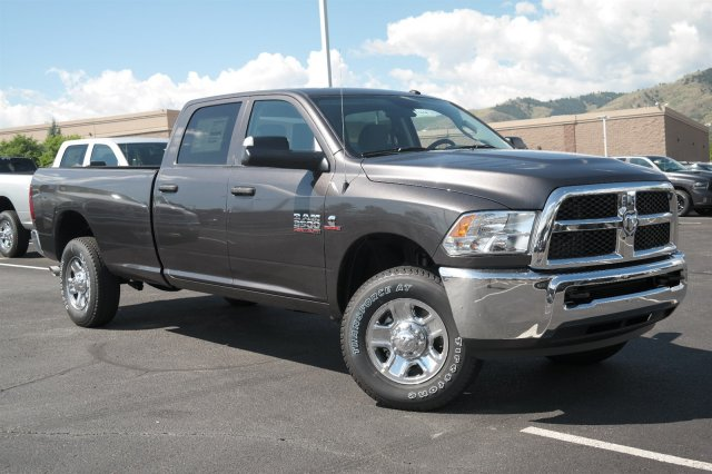2017 Ram 3500 Crew Cab 4x4 Pickup #171018 - photo 3