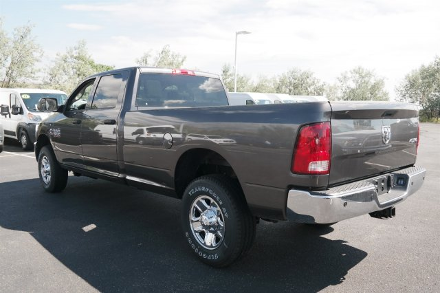 2017 Ram 3500 Crew Cab 4x4 Pickup #171018 - photo 2