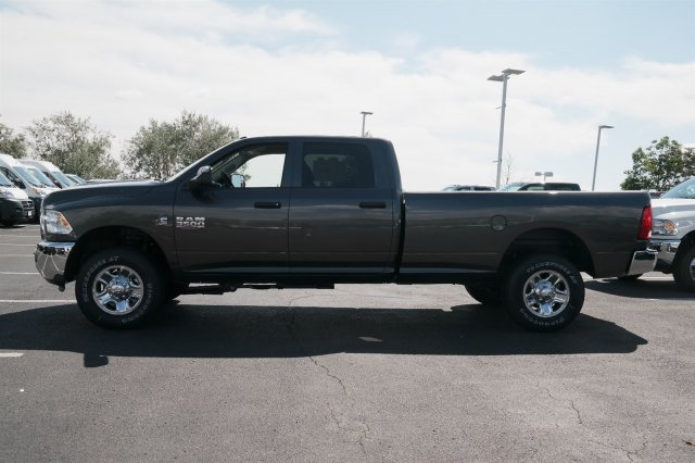 2017 Ram 3500 Crew Cab 4x4 Pickup #171018 - photo 7