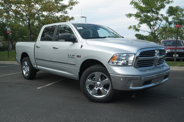 2017 Ram 1500 Crew Cab 4x4 Pickup #171064 - photo 3
