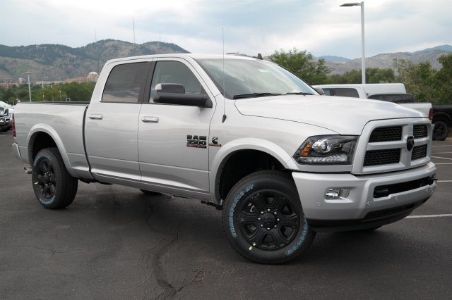 2017 Ram 3500 Crew Cab 4x4, Pickup #171076 - photo 3