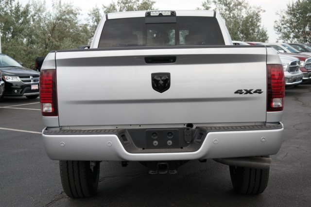 2017 Ram 3500 Crew Cab 4x4, Pickup #171076 - photo 6