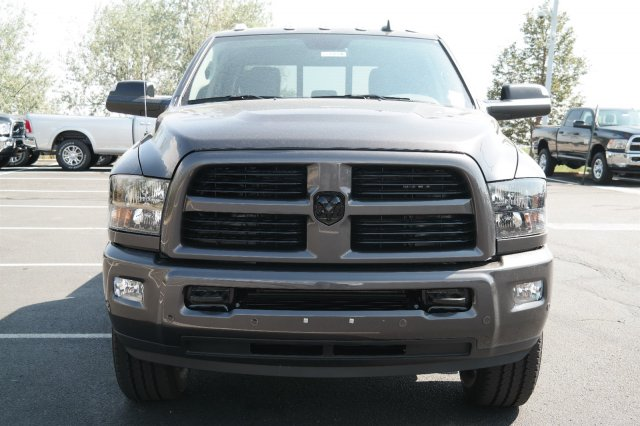 2017 Ram 3500 Crew Cab 4x4, Pickup #171078 - photo 8