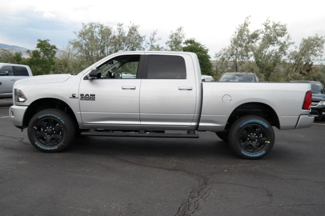 2017 Ram 3500 Crew Cab 4x4, Pickup #171079 - photo 7