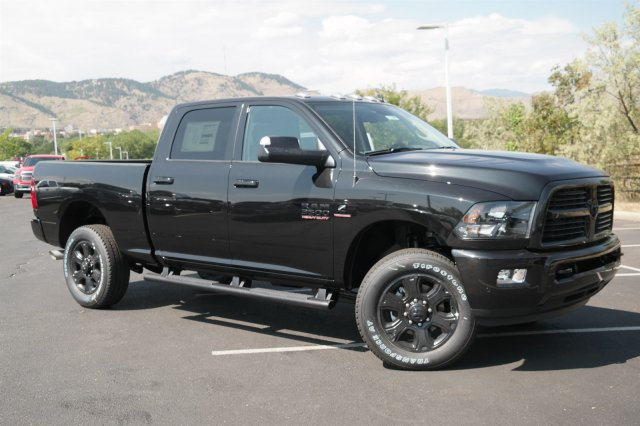2017 Ram 3500 Crew Cab 4x4, Pickup #171080 - photo 3