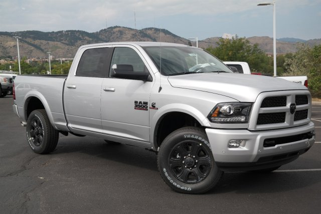 2017 Ram 3500 Crew Cab 4x4, Pickup #171085 - photo 3