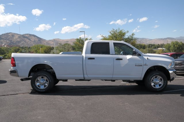 2017 Ram 2500 Crew Cab 4x4 Pickup #171209 - photo 4