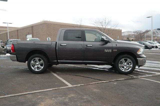 2017 Ram 1500 Crew Cab 4x4 Pickup #17382 - photo 3