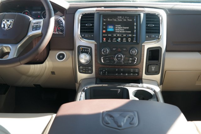2017 Ram 1500 Crew Cab 4x4, Pickup #17500 - photo 10