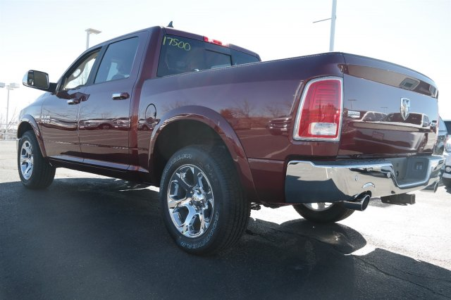 2017 Ram 1500 Crew Cab 4x4, Pickup #17500 - photo 2