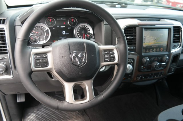 2017 Ram 1500 Crew Cab 4x4 Pickup #17618 - photo 3