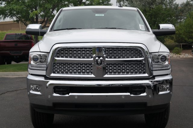 2017 Ram 3500 Crew Cab 4x4, Pickup #17830 - photo 5