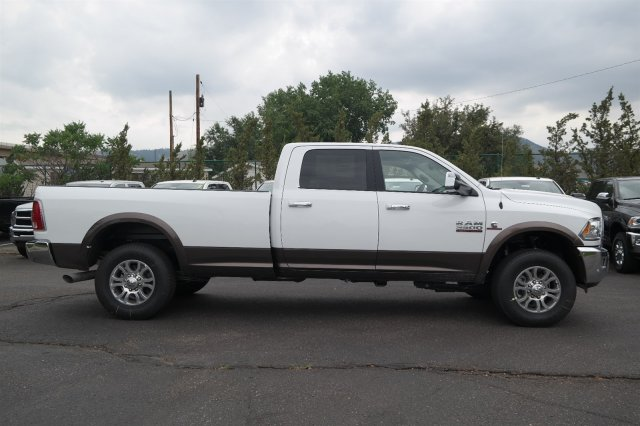 2017 Ram 3500 Crew Cab 4x4, Pickup #17830 - photo 3