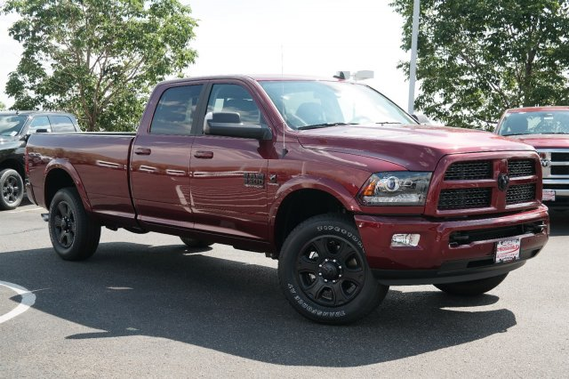 2017 Ram 3500 Crew Cab 4x4, Pickup #17840 - photo 3