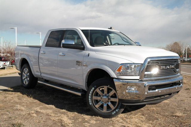 2018 Ram 2500 Crew Cab 4x4 Pickup #18028 - photo 3
