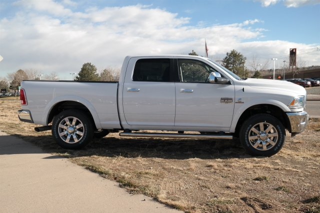 2018 Ram 2500 Crew Cab 4x4 Pickup #18028 - photo 4