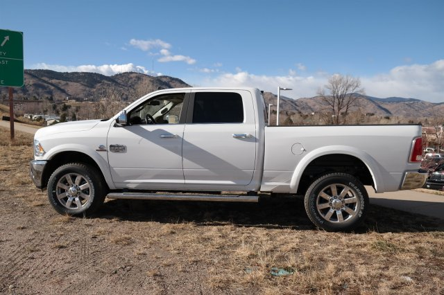 2018 Ram 2500 Crew Cab 4x4 Pickup #18028 - photo 7